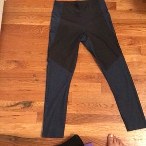 Outdoor voices pant small